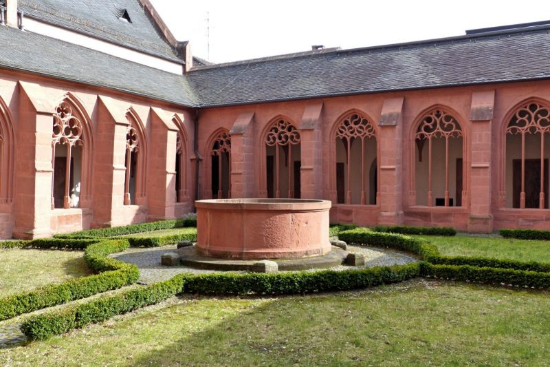 Kreuzgang, Stephanskirche in Mainz