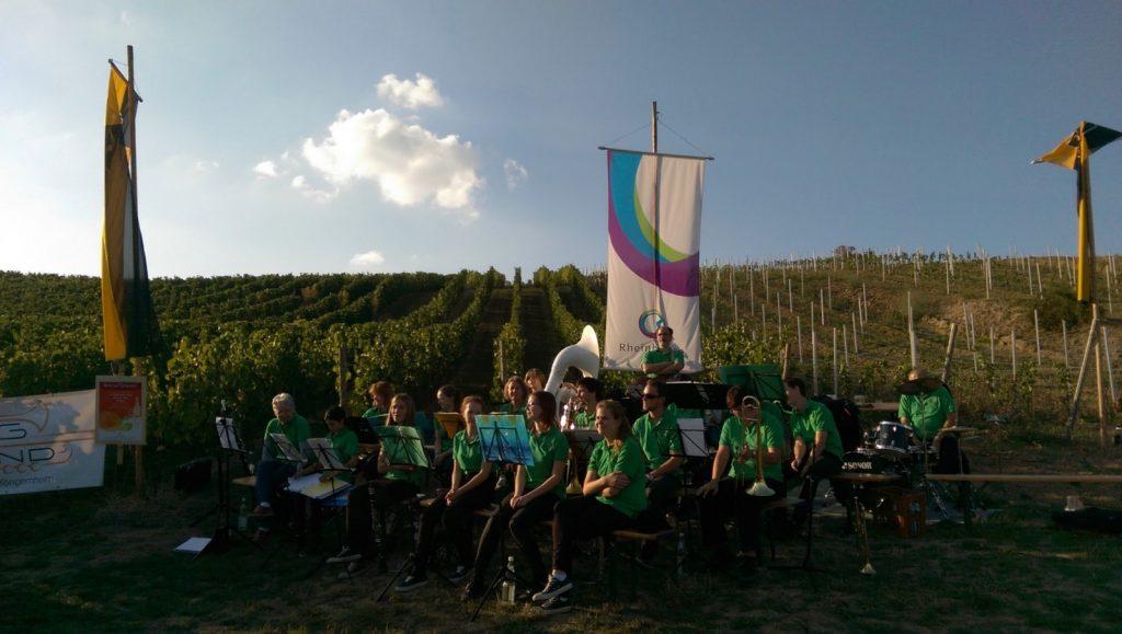 BigBand Selzen-Köngernheim bei der Kerbeweinprobe von Selzen