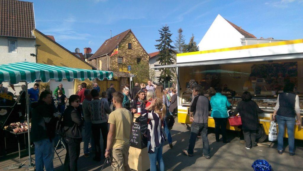 Wochenmarkt Selzen: Feinkost und Käsestand