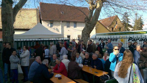 Wochenmarkt Selzen: Weinstand