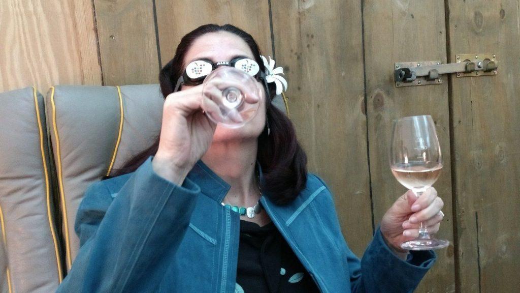 Weinsensorium: Manuela probiert