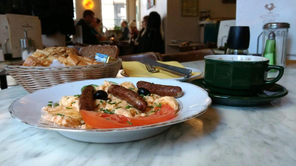 Rührei-Frühstück im Altstadt-Café Mainz