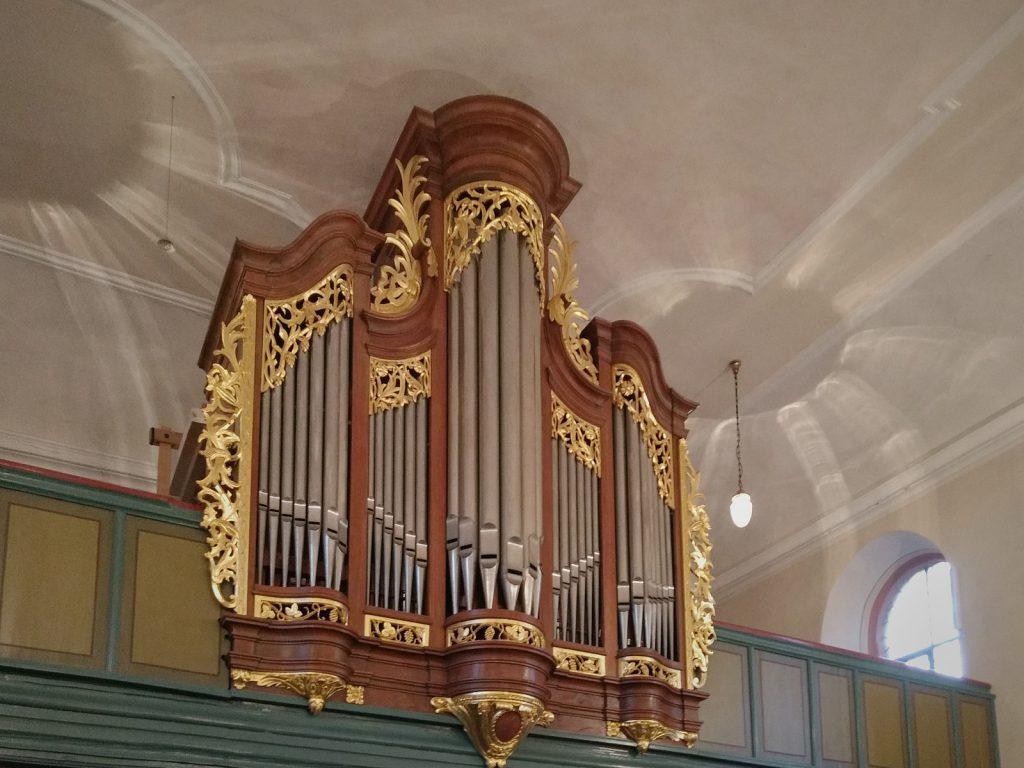 Stumm-Orgel der evangelischen Kirche Selzen