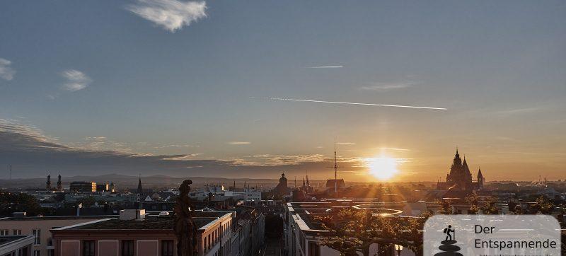 Sonnenaufgang über Mainz und dem Dom