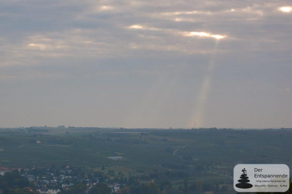 Sonnenaufgang auf dem Bismarckturm erleben