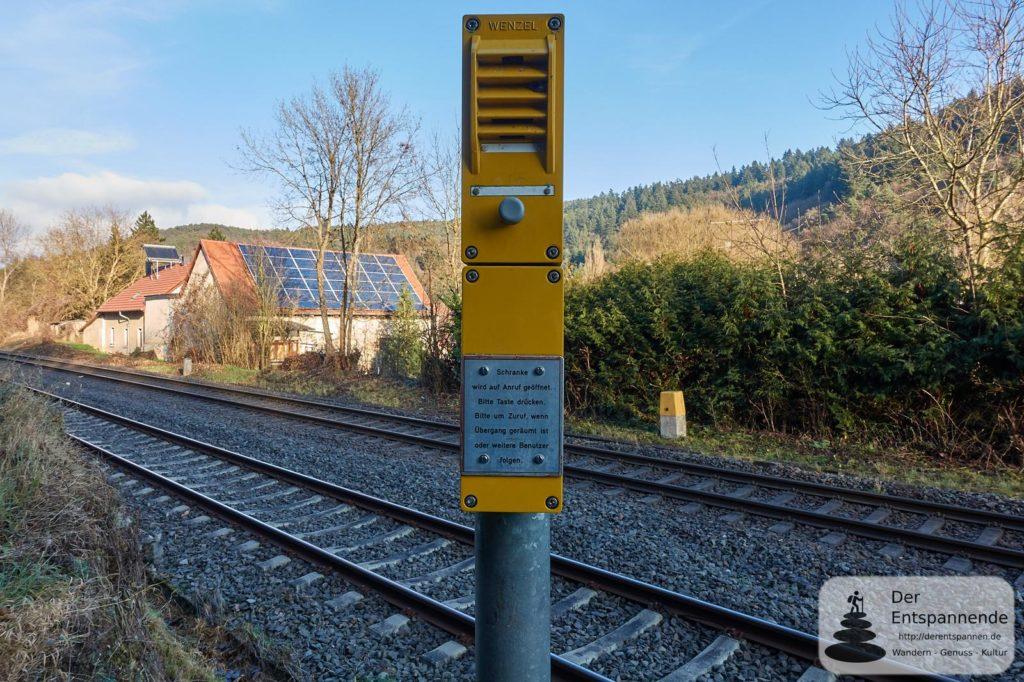 In Altenbamberg: Auf Anruf Schranke auf