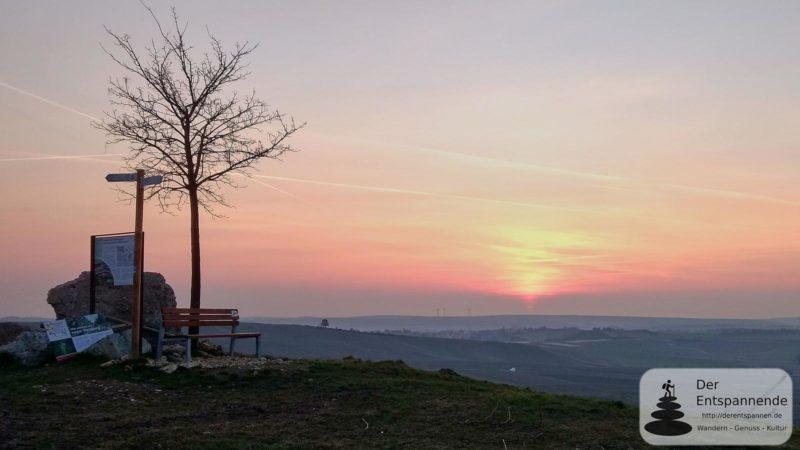 Sonnenaufgang überm Selztal an der Selzstellung