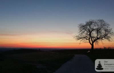 Anwandern Vinocamp Rheinhessen 2018 im Selztal: Morgenrot über der Hiwweltour Zornheimer Berg