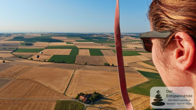 Gelandete Ballone, im Vordergrund die Weißmühle