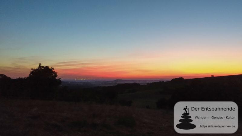 Morgenrot über Rhein-Main - SunriseRun Hiwweltour Zornheimer Berg